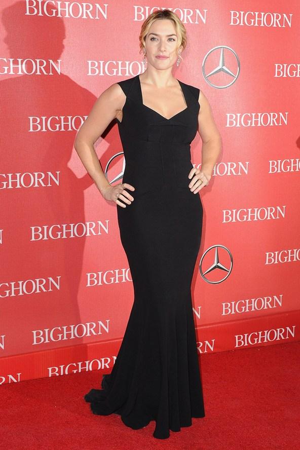 Kate Winslet in Roland Mouret