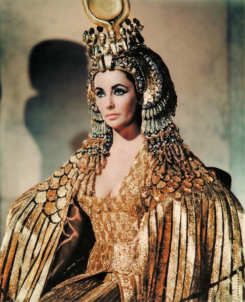 Elizabeth Taylor as Cleopatra.jpg