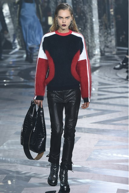 Louis Vuitton at PFW 2