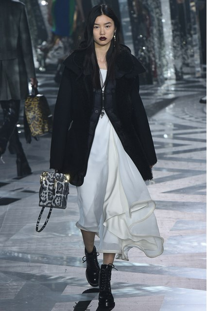 Louis Vuitton at PFW 3